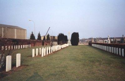 Oorlogsgraven van het Gemenebest Douai