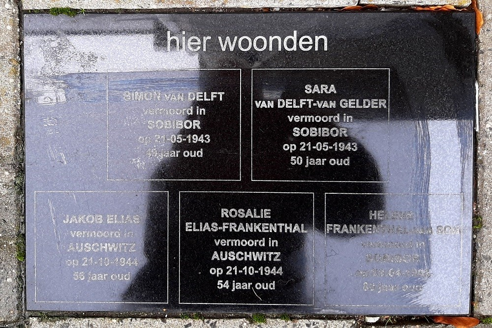 Memorial Stones Bergstraat 14