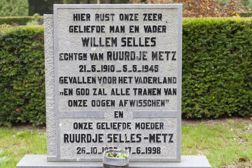 Dutch War Graves New General Cemetery Leersum