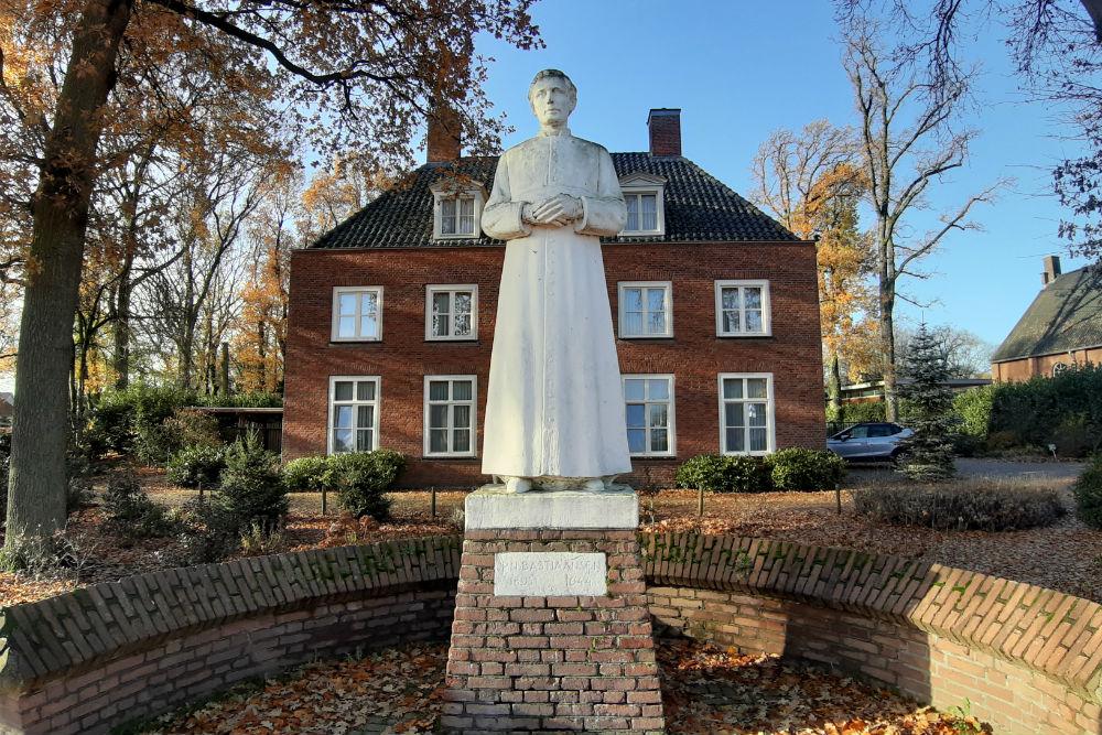 Monument Pastoor Bastiaansen