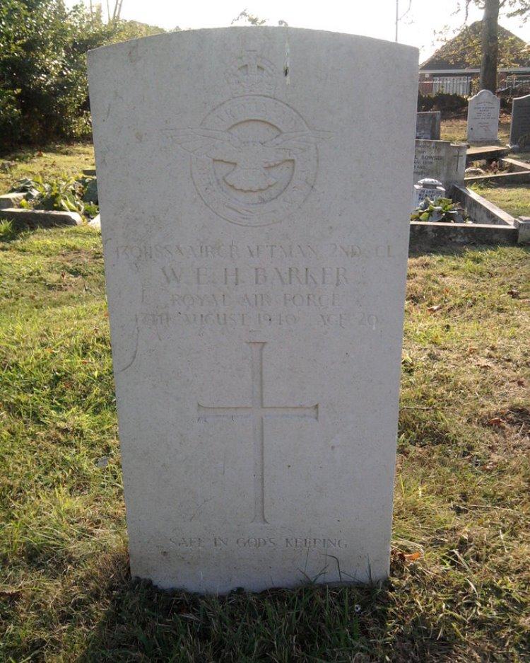 Commonwealth War Grave Barlings Church Cemetery
