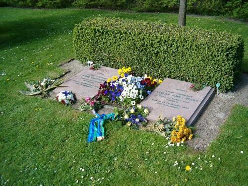 Commonwealth War Graves Holbaek Ostre Churchyard