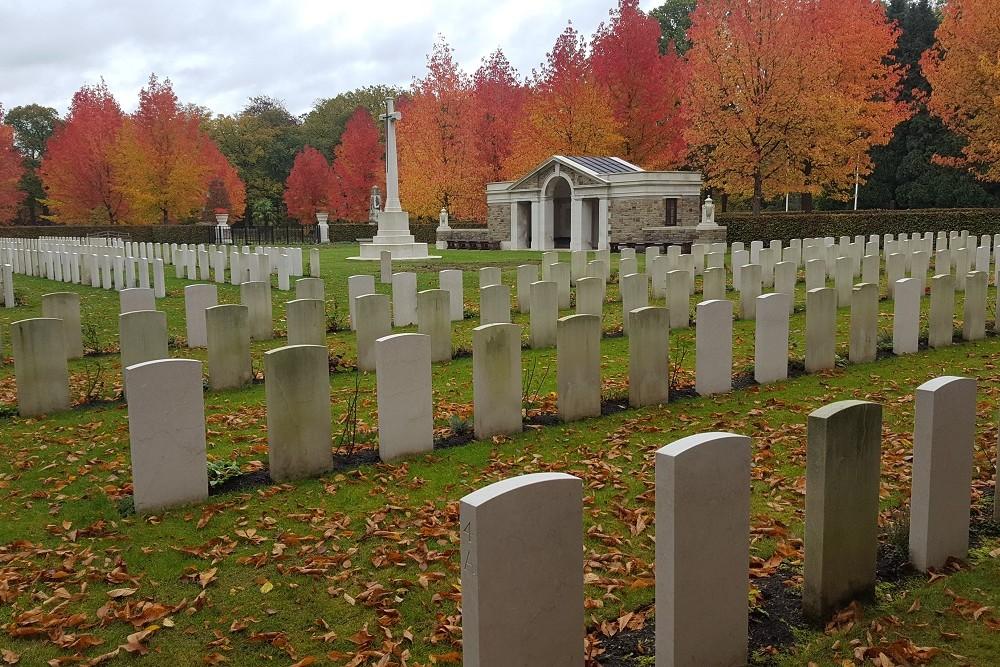 Commonwealth War Graves Schoonselhof
