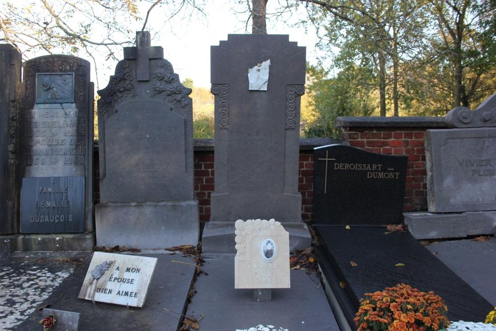 Graven Oudstrijders Montroeul-au-Bois