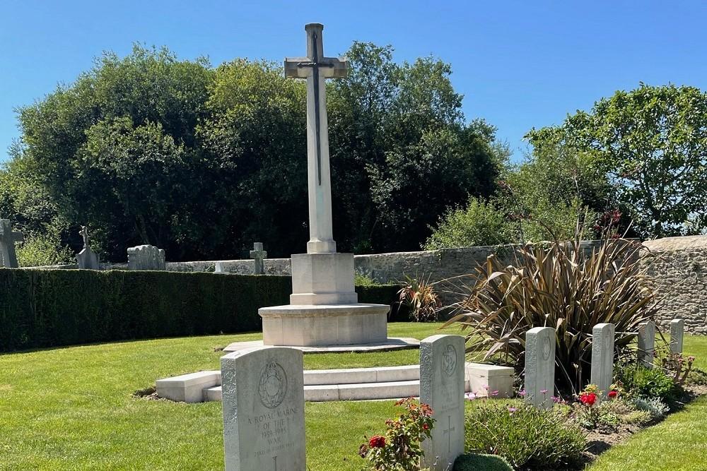 Commonwealth War Graves Dinard