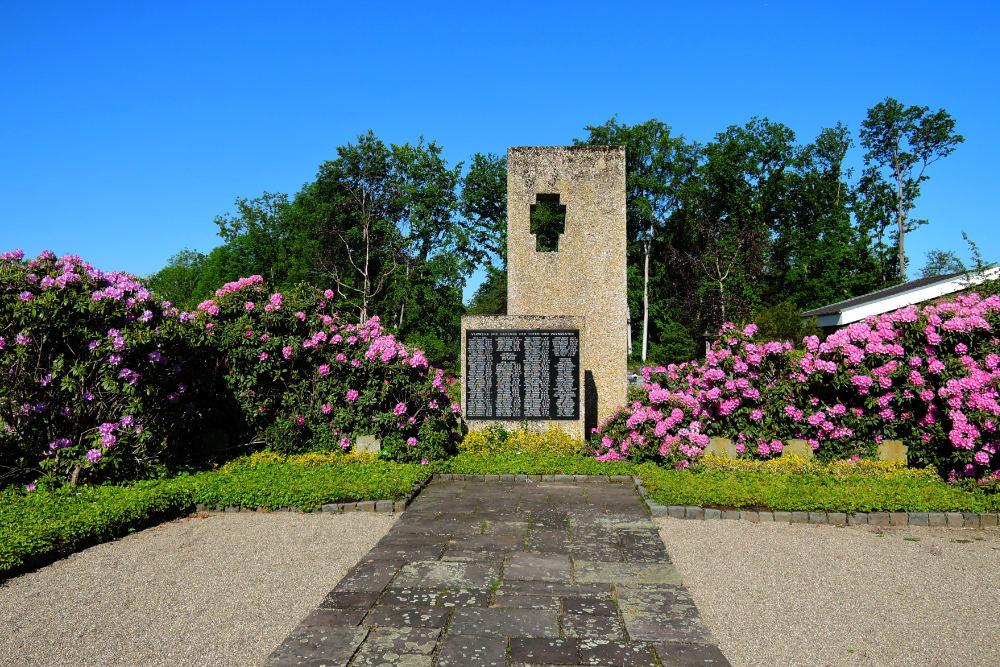 War Memorial And Graves Boisheim