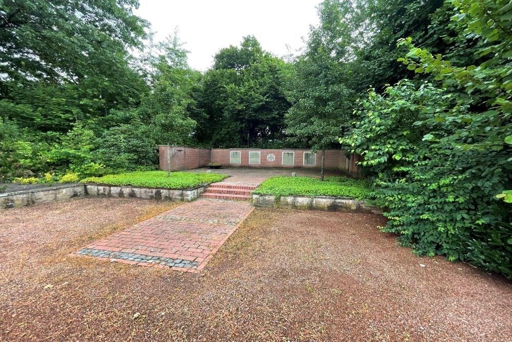 War Memorial Elberger