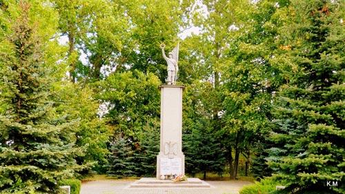 Poolse Oorlogsbegraafplaats Dobrcz