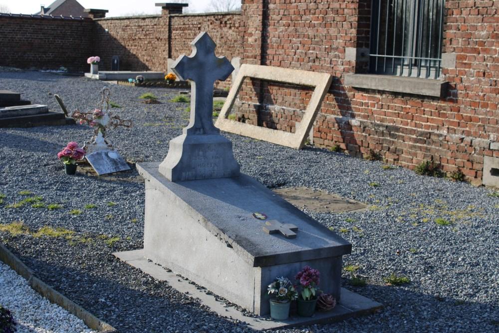 Belgian War Graves Folx-les-Caves