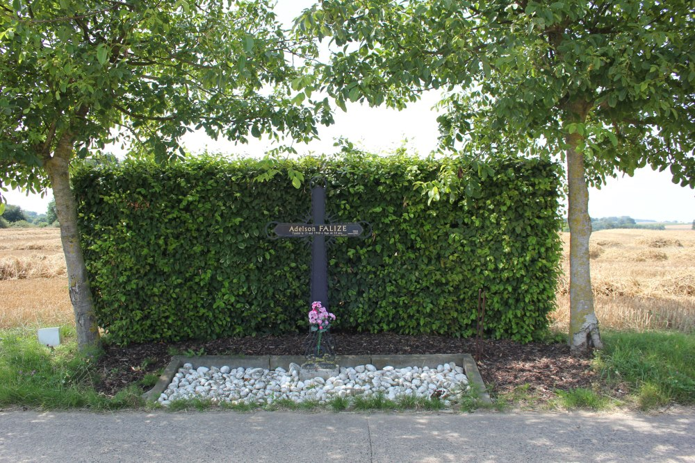 Remembrance Cross Adelson Falize