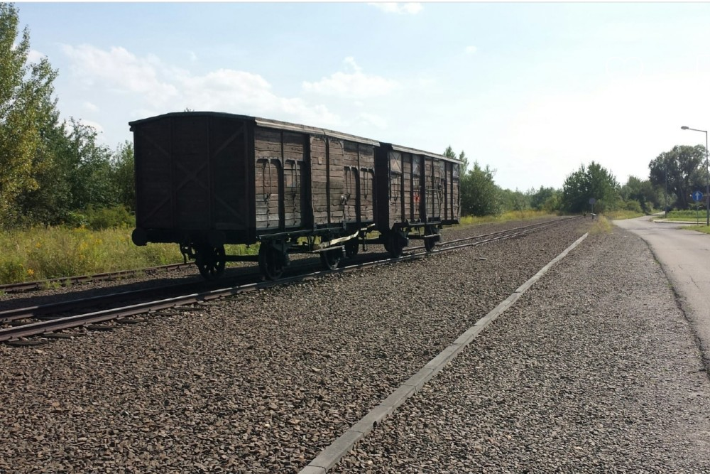 Jews Platform Auschwitz