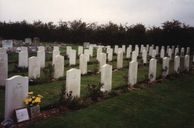 Commonwealth War Graves Coningsby Cemetery