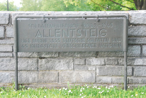 Duitse Oorlogsbegraafplaats Allentsteig