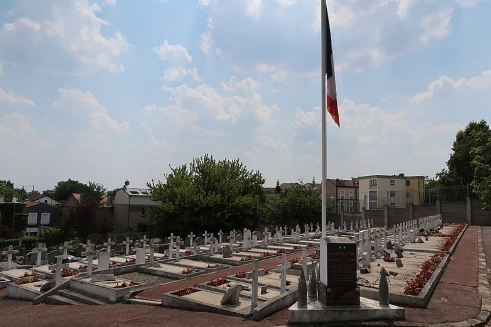 French Plot of Honour Cimetière Voltaire de Suresnes