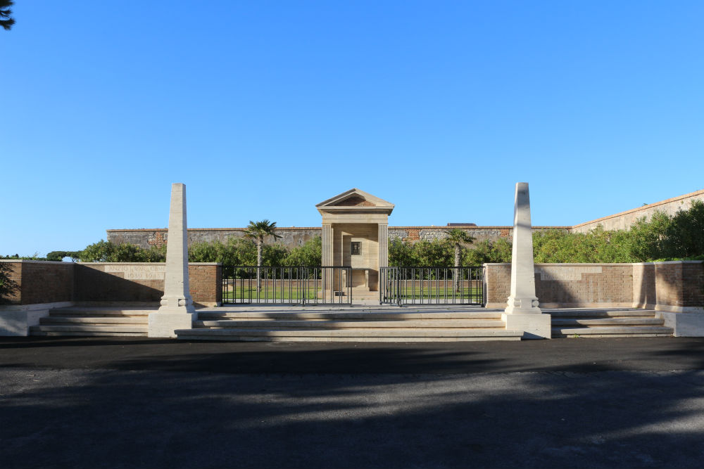 Commonwealth War Cemetery Anzio