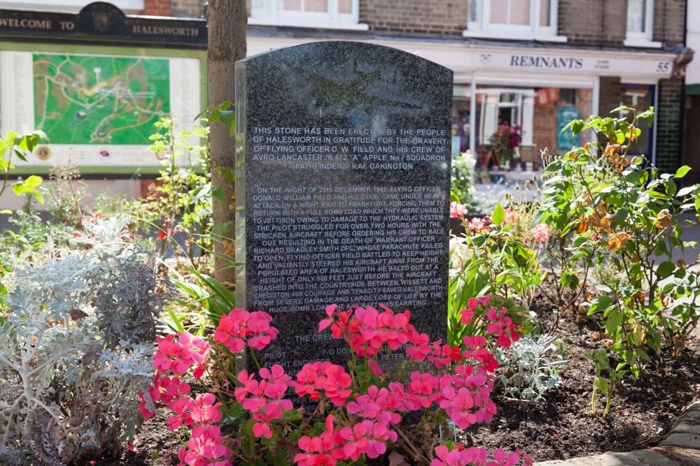 Memorial Lancaster JB 652
