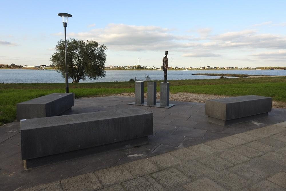 Monument Merwedegijzelaars Werkendam