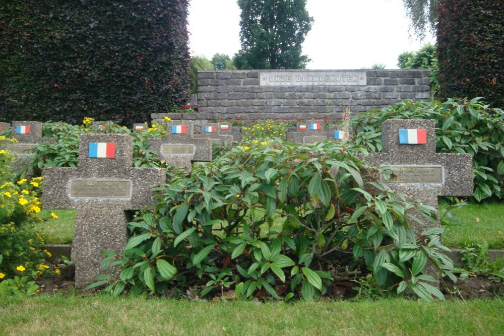 Memorial Allied Military Victims Tielt