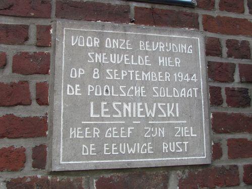 Gedenkplaat Gesneuvelde Poolse Soldaat Tielt