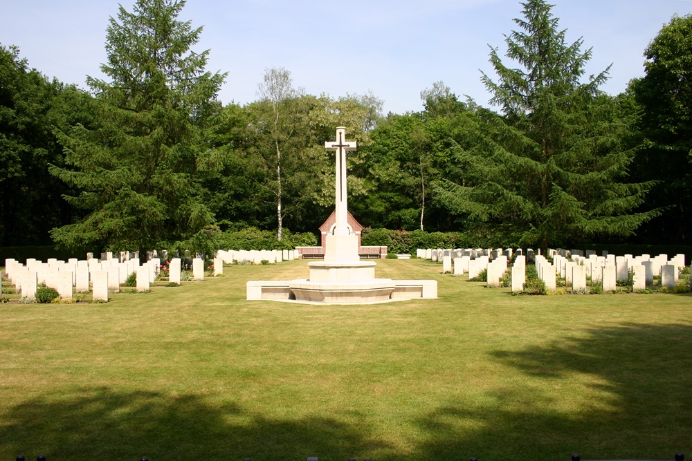 Commonwealth War Cemetery Overloon