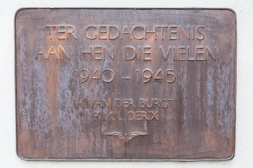 Plaque Killed Railway Employees