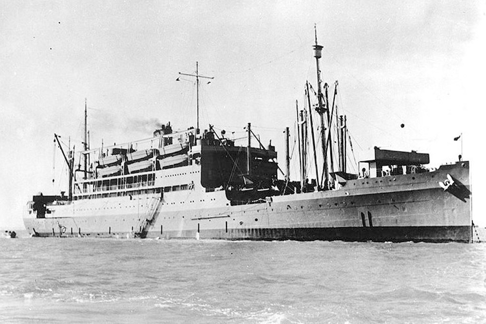 Shipwreck USS McCawley (APA-4)
