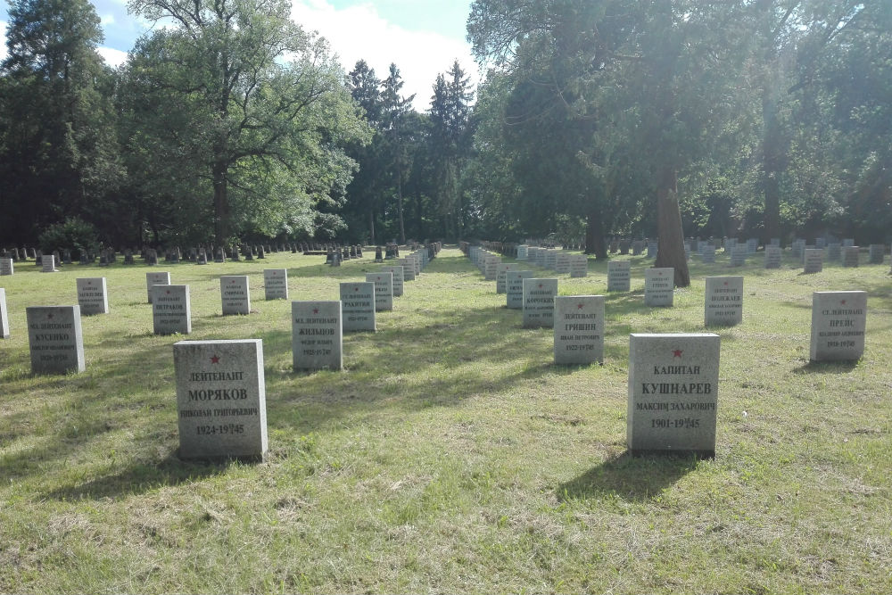 Soviet War Cemetery for Officers Cybinka