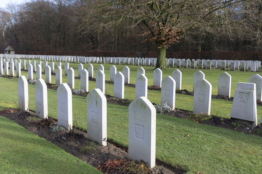 Poolse Oorlogsgraven Forest Cemetery Reichswald