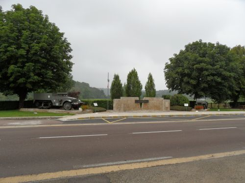 Monument Meeting French Divisions Nod-sur-Seine