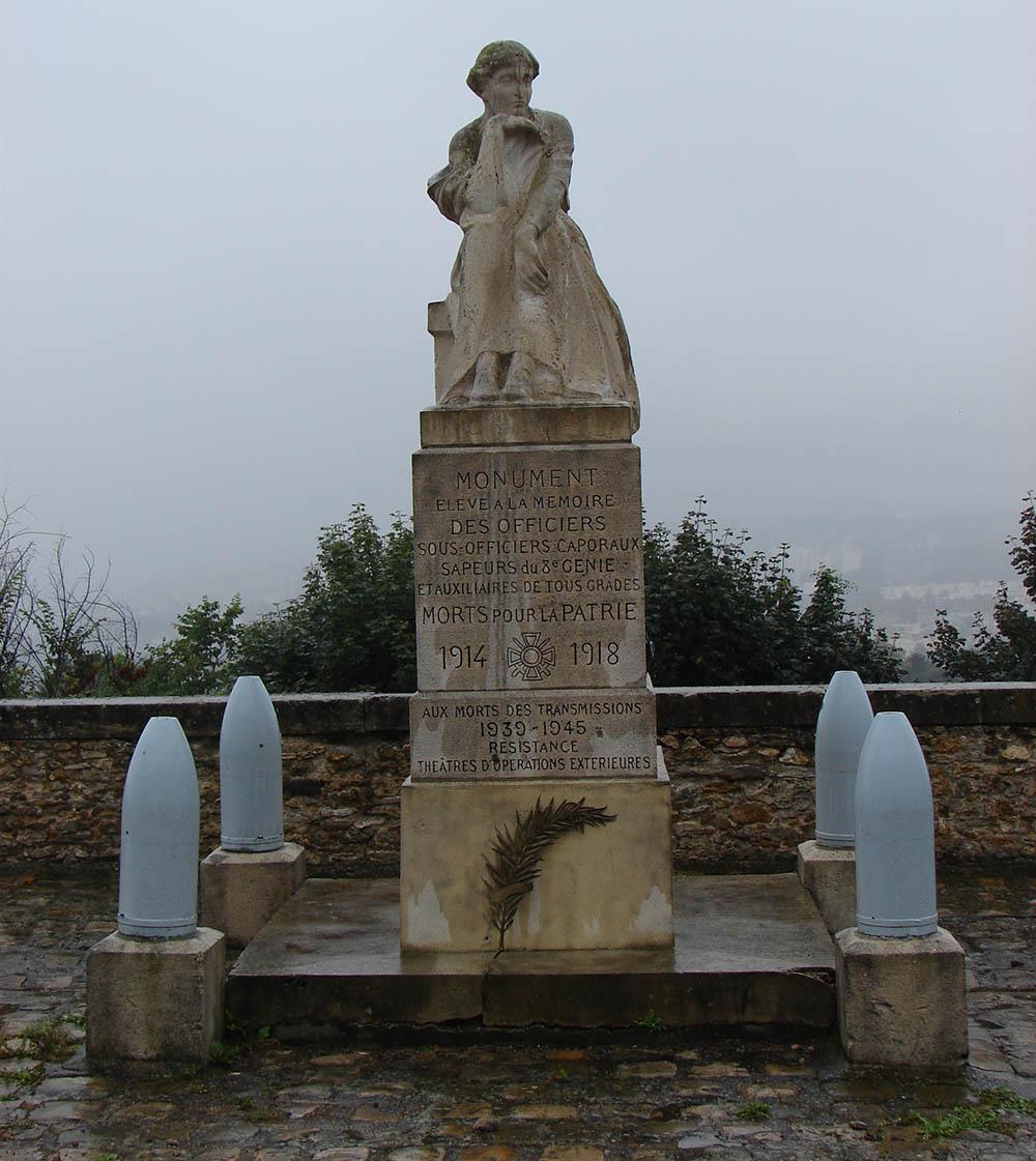 8e RG Memorial 1914-1945