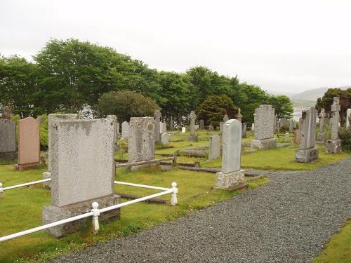 Commonwealth War Graves Stronuirinish Cemetery