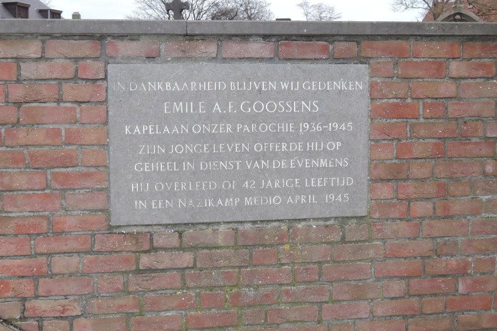 Monument Kapelaan Goossens Echt