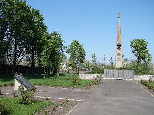Sovjet Oorlogsbegraafplaats Litky