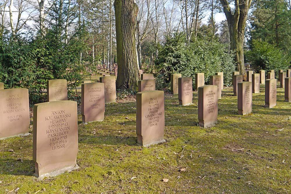 Sovjet Oorlogsgraven Hauptfriedhof Frankfurt