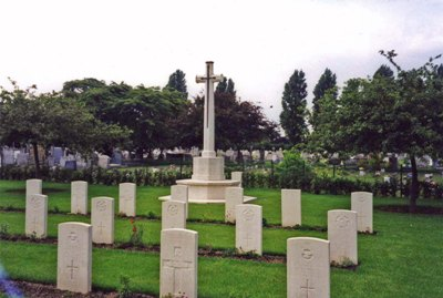 Commonwealth War Graves Southend-on-Sea Cemetery