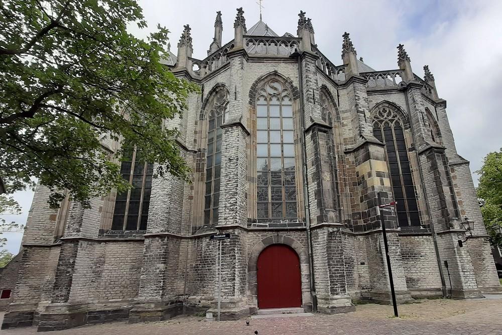 Kogelinslagen Grote of Onze-Lieve-Vrouwekerk Dordrecht