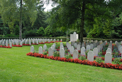 Dutch War Cemetery Lübeck