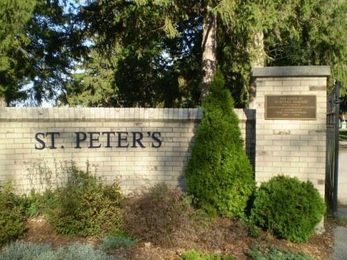 Oorlogsgraven van het Gemenebest St. Peter's Roman Catholic Cemetery