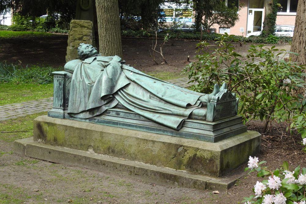 Grave of General Ludwig Roth von Schreckenstein