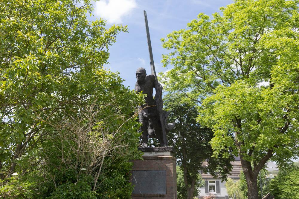 Memorial 'The Rower'