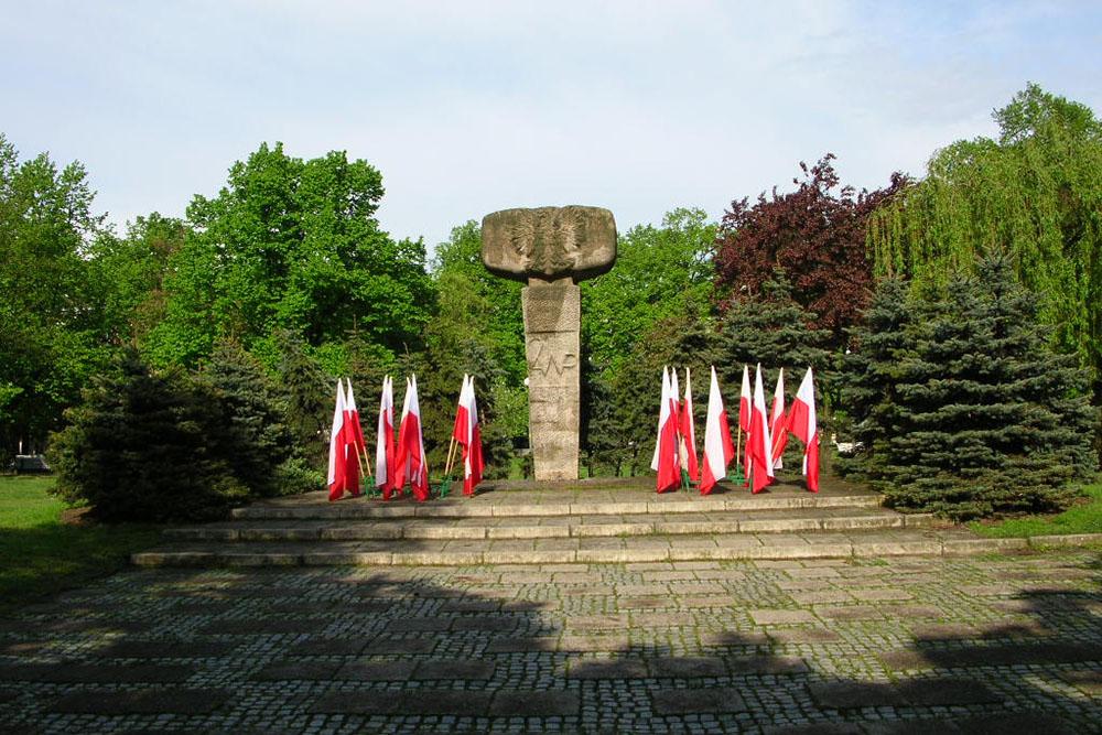 Voormalige Sovjet Oorlogsbegraafplaats & Monument 2e Poolse Leger Gorzów Wielkopolski