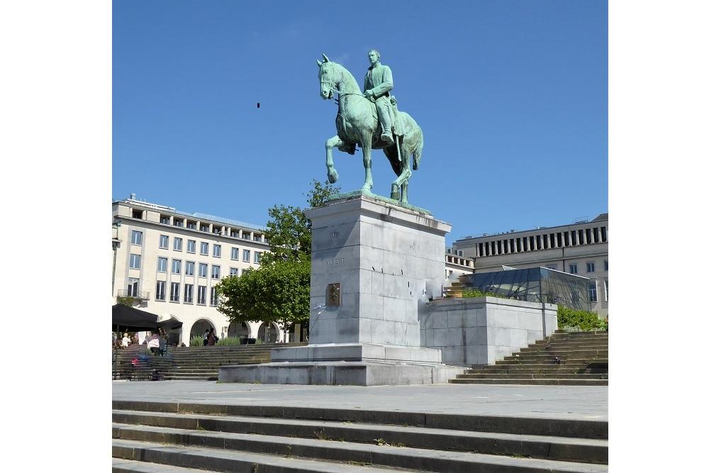 Ruiterstandbeeld Koning Albert I en Koningin Elisabeth