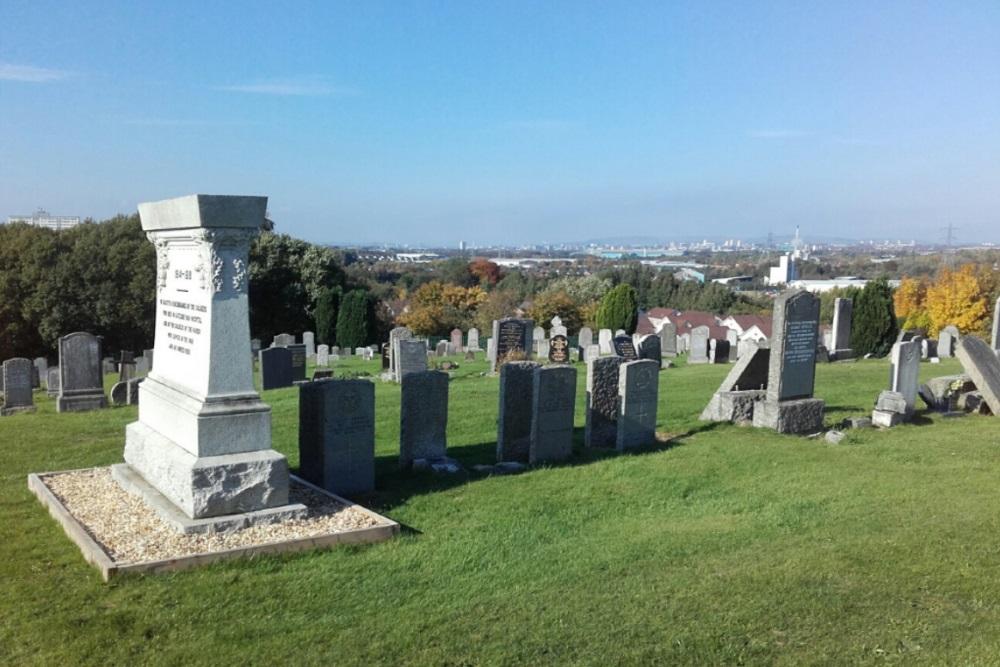 Commonwealth War Graves Westburn Cemetery