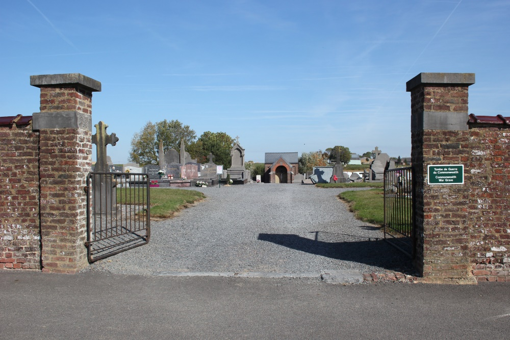 Commonwealth War Grave Chaussee-Notre-Dame-Louvignies