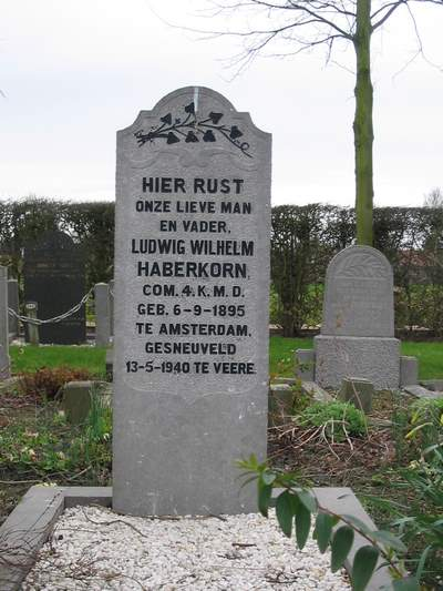 Nederlands Oorlogsgraf Oostkapelle