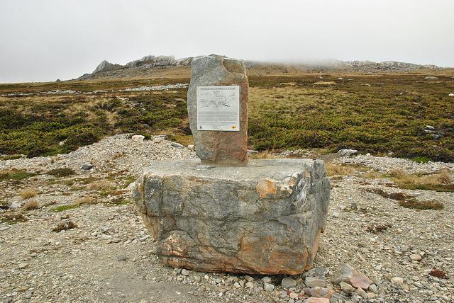 Monument Slag om Mount Harriet