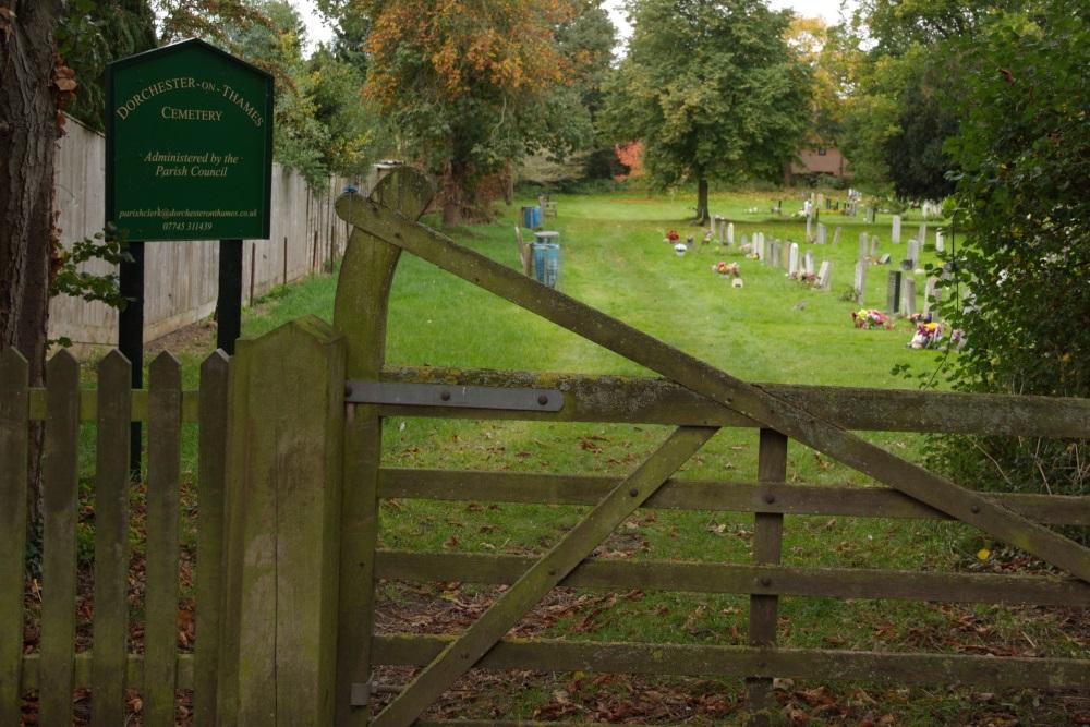 Commonwealth War Graves Dorchester Cemetery