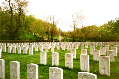 Commonwealth War Graves Notre Dame des Neiges Cemetery