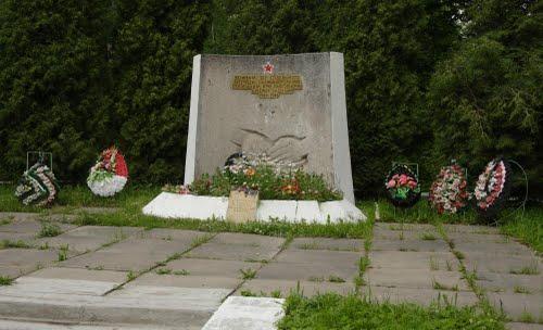 Massagraf Sovjet Soldaten Dachnoye