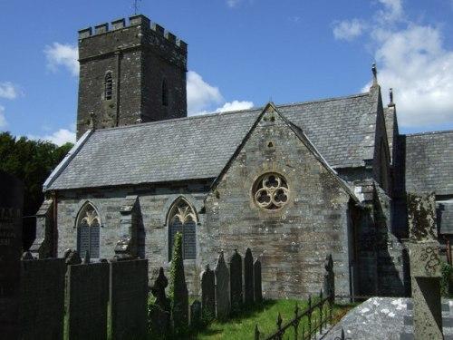 Commonwealth War Graves St. Llawdogg Churchyard